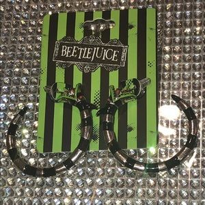 Beetlejuice Sandworm Metal Hoop Earrings NWT